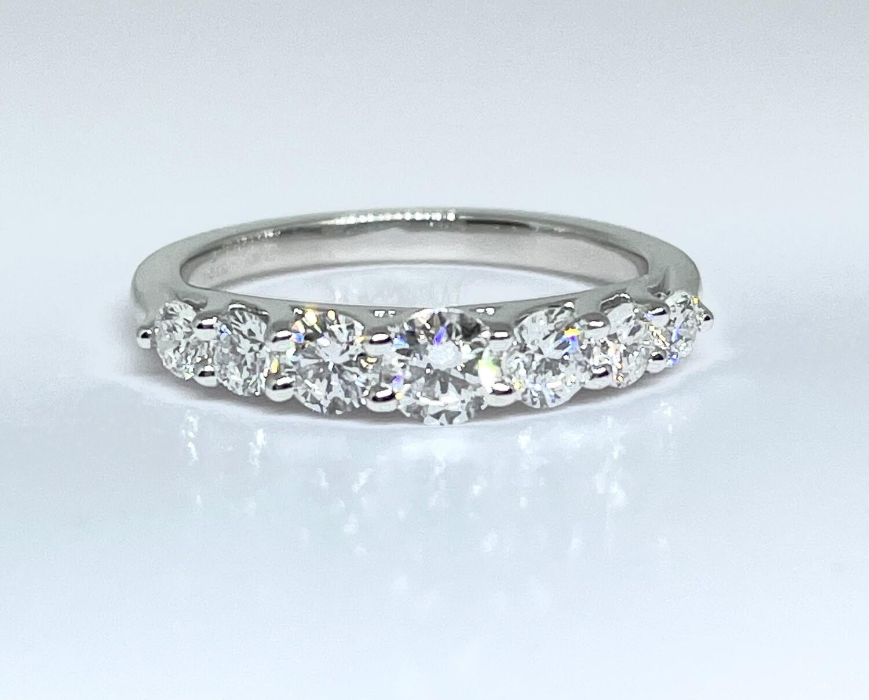 14K White Gold 1 Ctw Diamond Ring