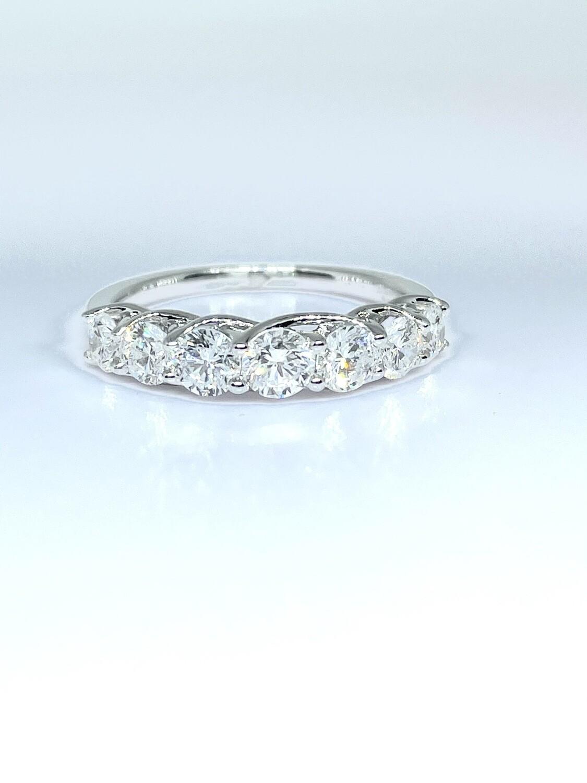 14K White Gold 1 1/3ctw Diamond Ring