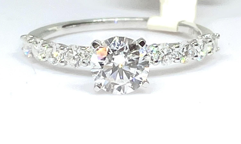 14K White Gold 1 1/2ctw Diamond Ring