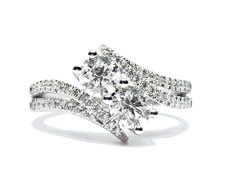 14K White Gold 1 1/4ctw Diamond Ring