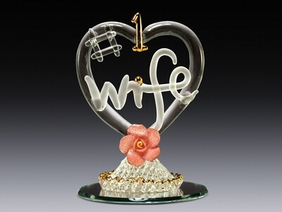 #1 WIFE IN HEART W/FLOWER ON MIRROR