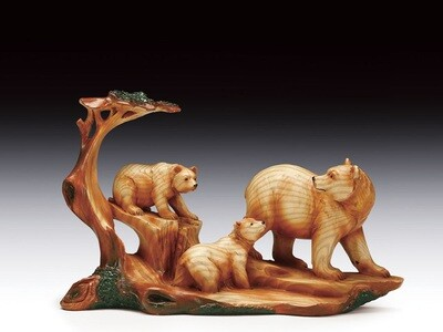 BEAR FAMILY WOOD LIKE CARVING