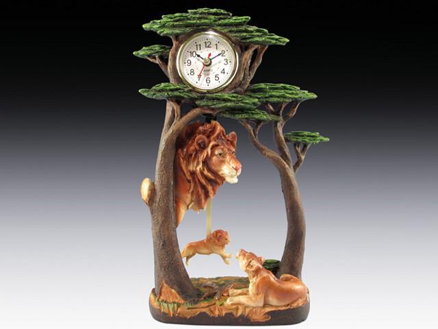 LION FAMILY CLOCK