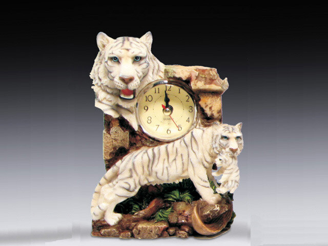 MINI WHITE TIGER CLOCK