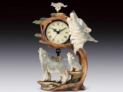 WOLF FAMILY SWING CLOCK