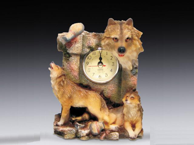 MINI WOLF CLOCK