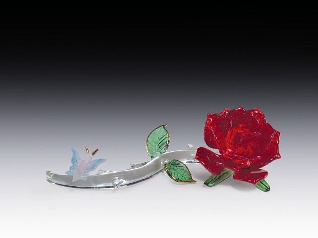 RED ROSE W/BUTTERFLY
