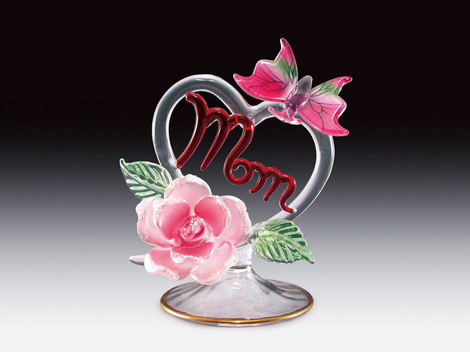 """GLASS """"MOM""""AND BUTTERFLY ON HEART"""