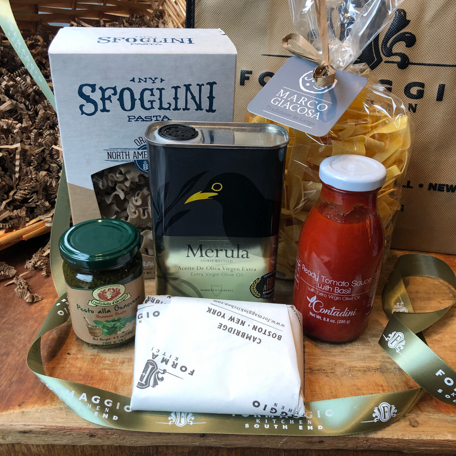 Pasta & Sauce Basket or Gift Tote (Two Pasta Dinners)