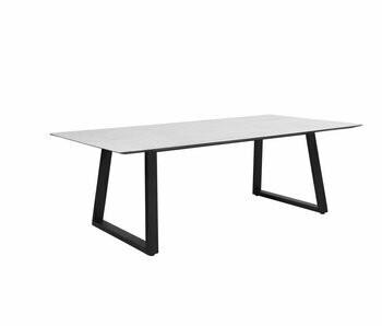 MIRANDA TABLE