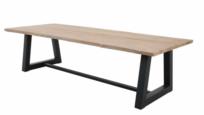 SILVIO TABLE