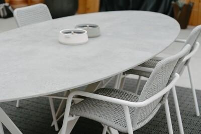 PAPILLON DINING TABLE - POEDERLAK
