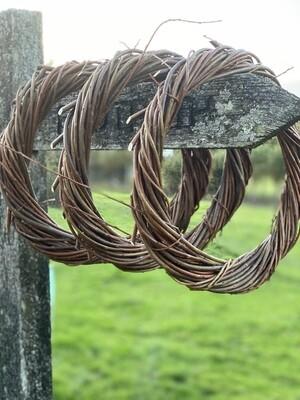 Willow wreath (approx 30cm diameter)