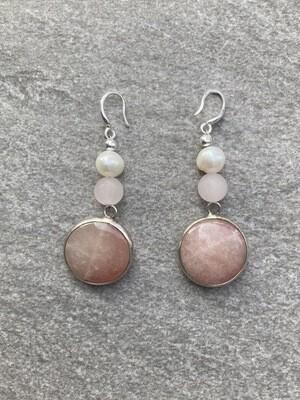 Ohrhänger mit Rosa Achat und Perlen