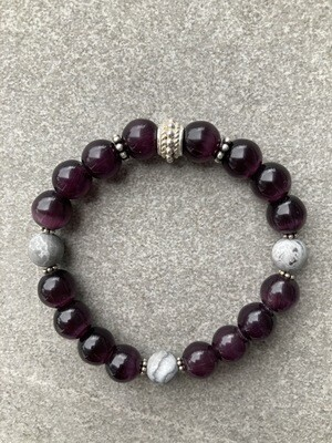 Armband Rubinrot und Grau