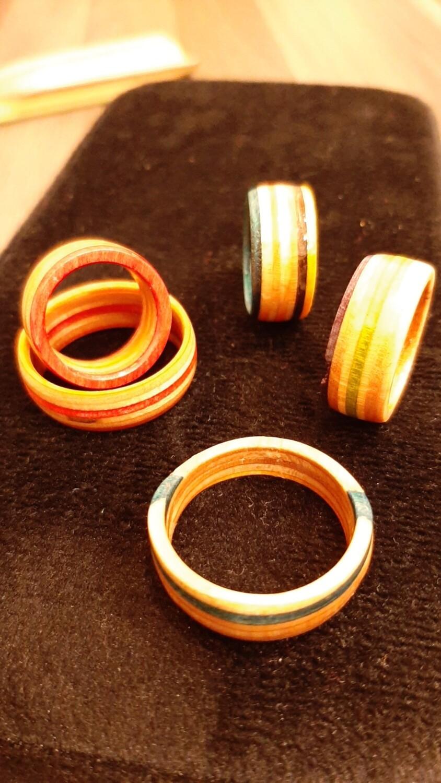 Kulla Ringe aus gebrauchtem Skateboard