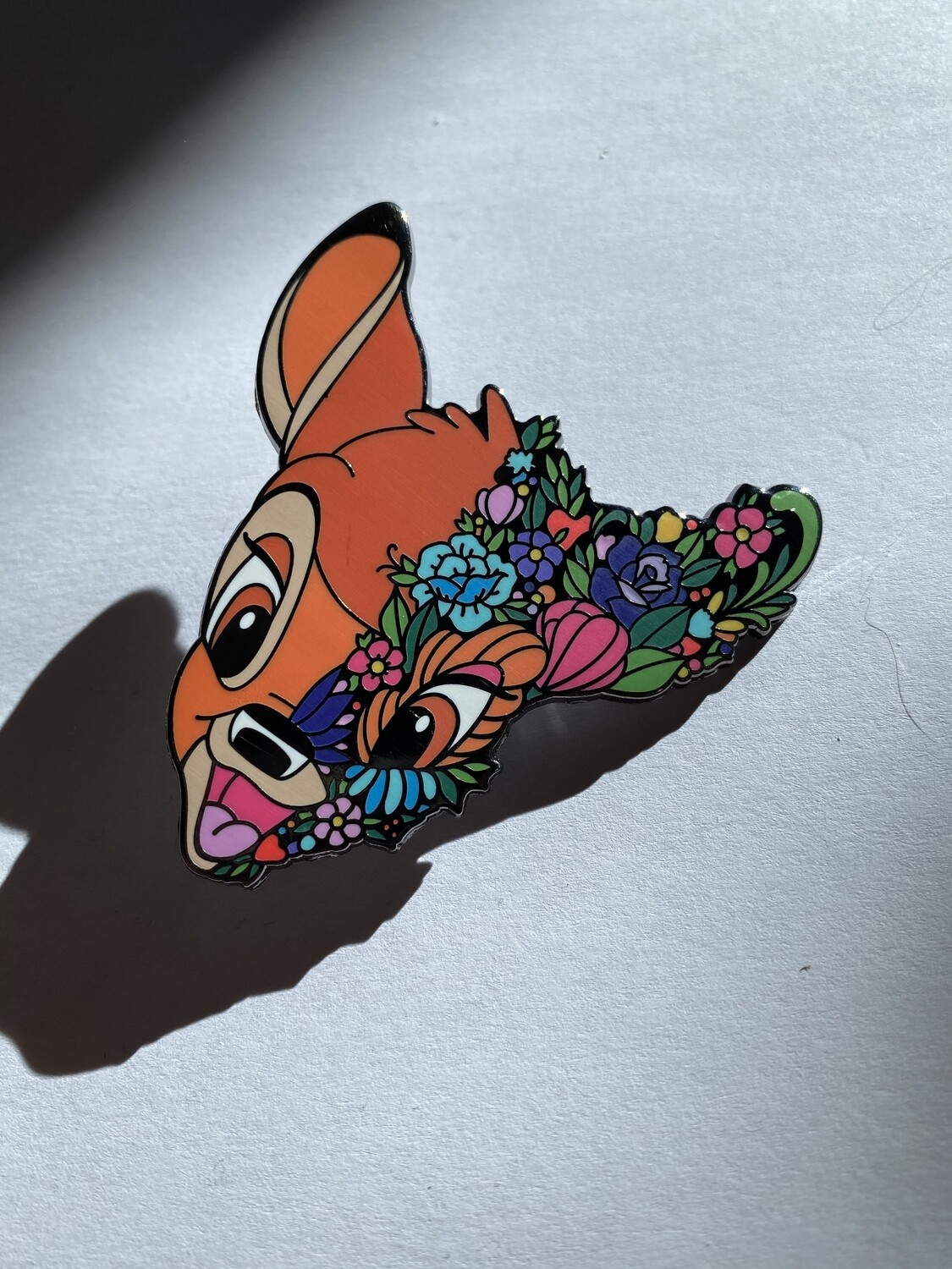 Emaille Pin Floral Bambi