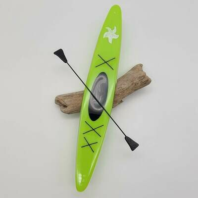 Green Kayak (1)