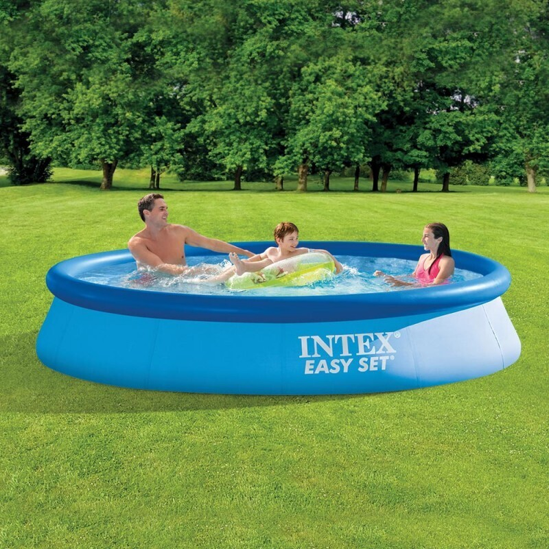 Petite piscine gonflable 32