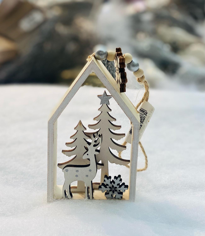 Suspension maison bois contreplaqué