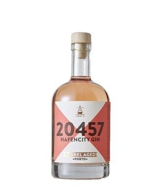 20457 Hafencity Gin Barrel Aged Porto 50cl