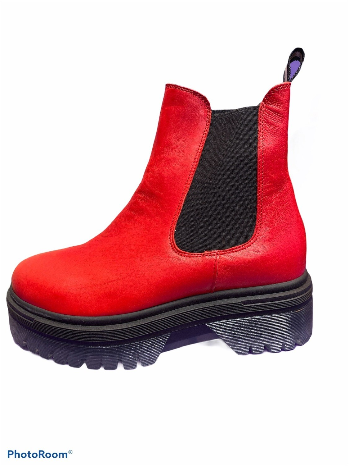 Chelsea Plateau Boot red
