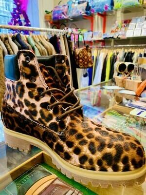 Boots Leo Fell
