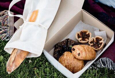 The LVB Baguette Bag
