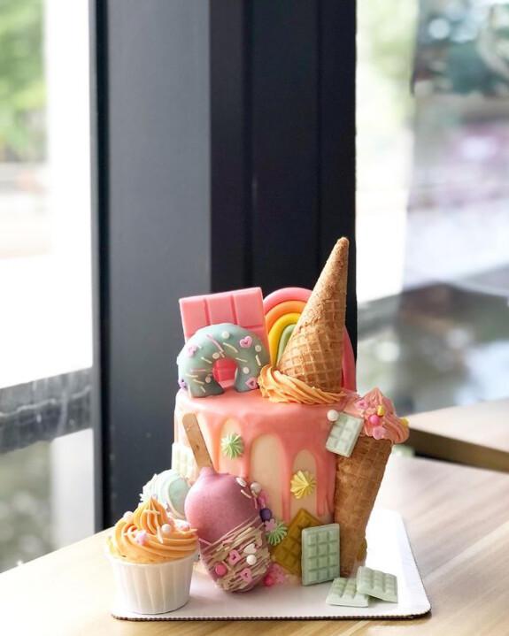 Wonderland Sweet tooth 1
