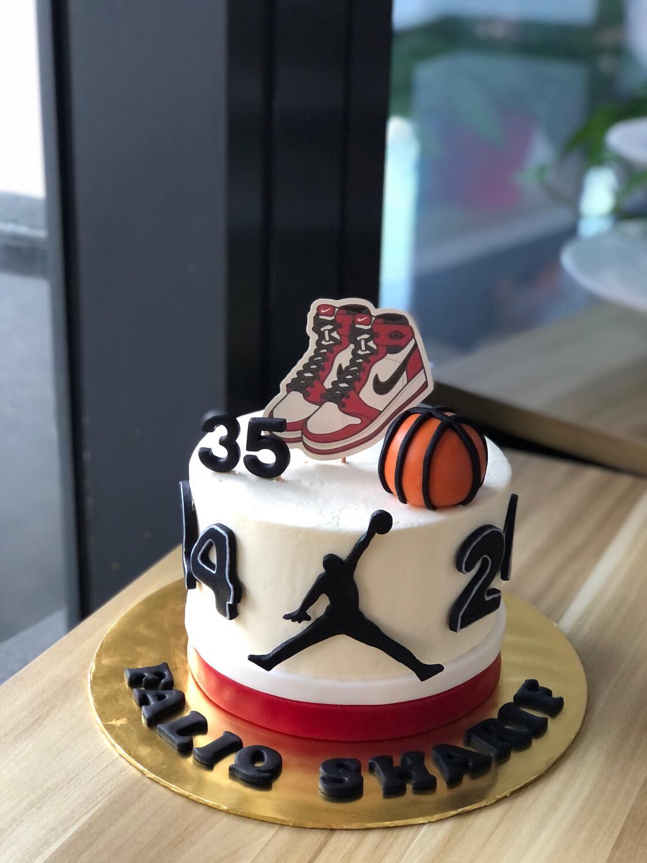 Basketball Cake 1