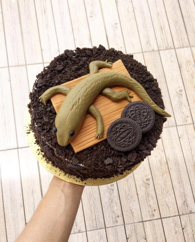 Halloween / Prank Cake - Lizard