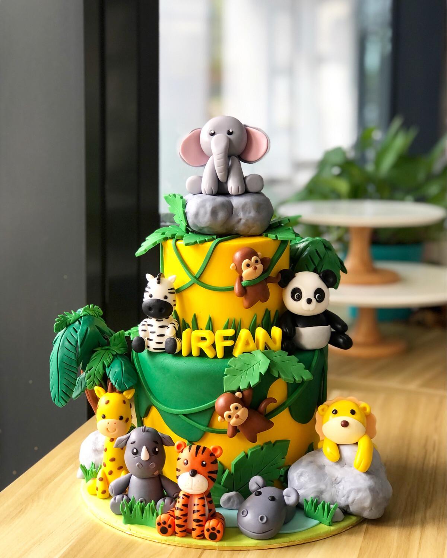 Animal Safari Jungle Cake 3