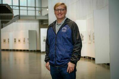 Men's Blue Wind Jacket - Large