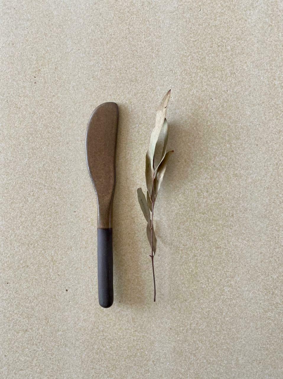 Bemyclay.Нож для масла
