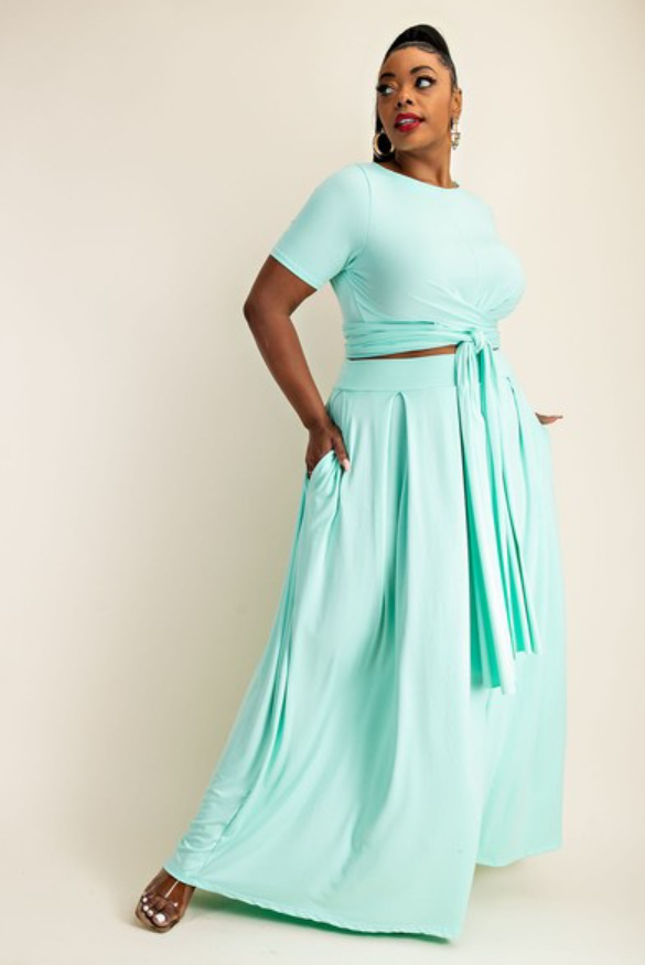 Plus WRAP AROUND SHORT SLEEVE TOP AND MAXI SKIRT
