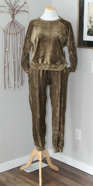 oliveloungewear