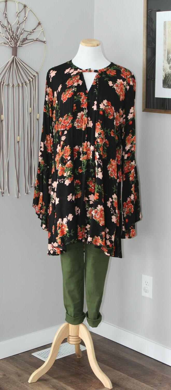 Umgee Floral Keyhole Dress W/ Crochet2