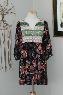 Umgee FloralDress Split Chest