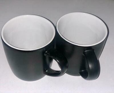 Ceramic Mugs Black & White( Set of 6)