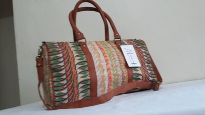 Maasai Accents®, Shompole polyester beadwork print, family bag. Polyester canvas family bag with Shompole Maasai beadwork absract composition print