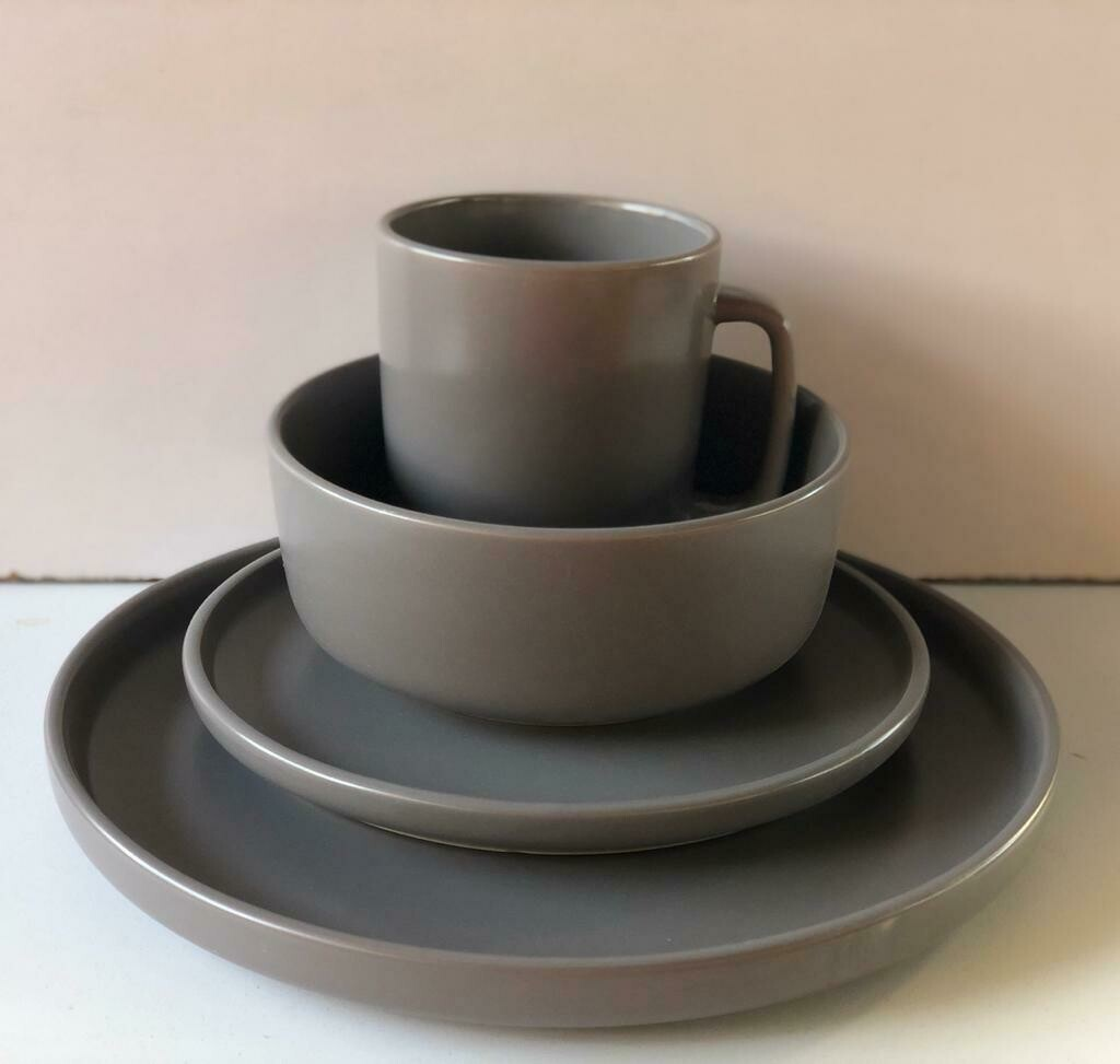Ceramic dinner set 16 piece with 4bowls,4sideplates, 4mugs, 4dinner plates k43
