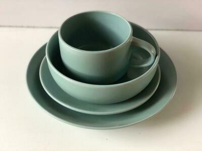 Ceramic dinner set 16 piece with 4bowls,4sideplates, 4soup mug, 4dinner plates K1