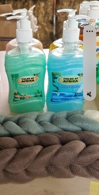 Fields of Africa hand wash 3 pcs offer. With free CEO bath scrub