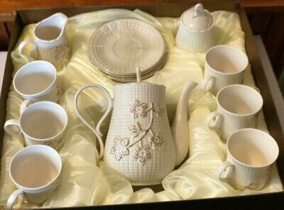 Amazingware Porcelain Tea Set - Tea Cup and Saucer Set Service for 6, with 28 oz Teapot Sugar Bowl Cream Pitcher