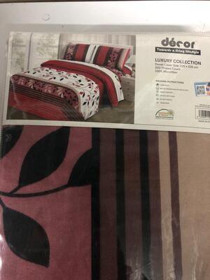 Deco Quilt Cover Queen duvet cover Plu 2 pillow cases