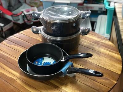 Bella Blu Mugnano non Stick cooking set casserole 24cm,22cm,sauce pan 18cm,Fry Pan 26cm