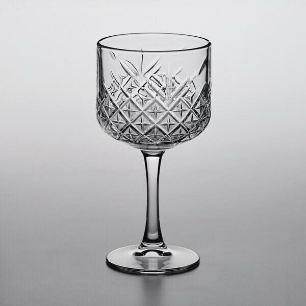 pasabahce 2 Timeless Gin&Tonic & 3 V-Line Martini Set