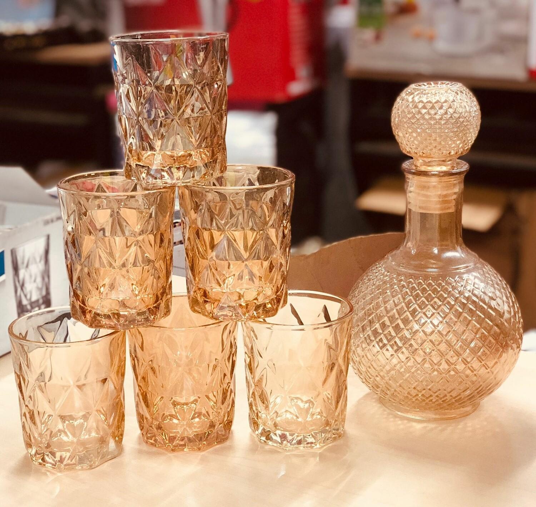 Gold Whisky Glasses plus decanter 6pc set