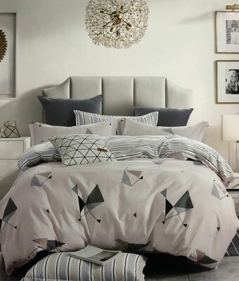 CIH Queen Size 5*6 4pc Bedsheet 100% cotton 200TC- 2 flat sheets,2 pillow cases (one shade)