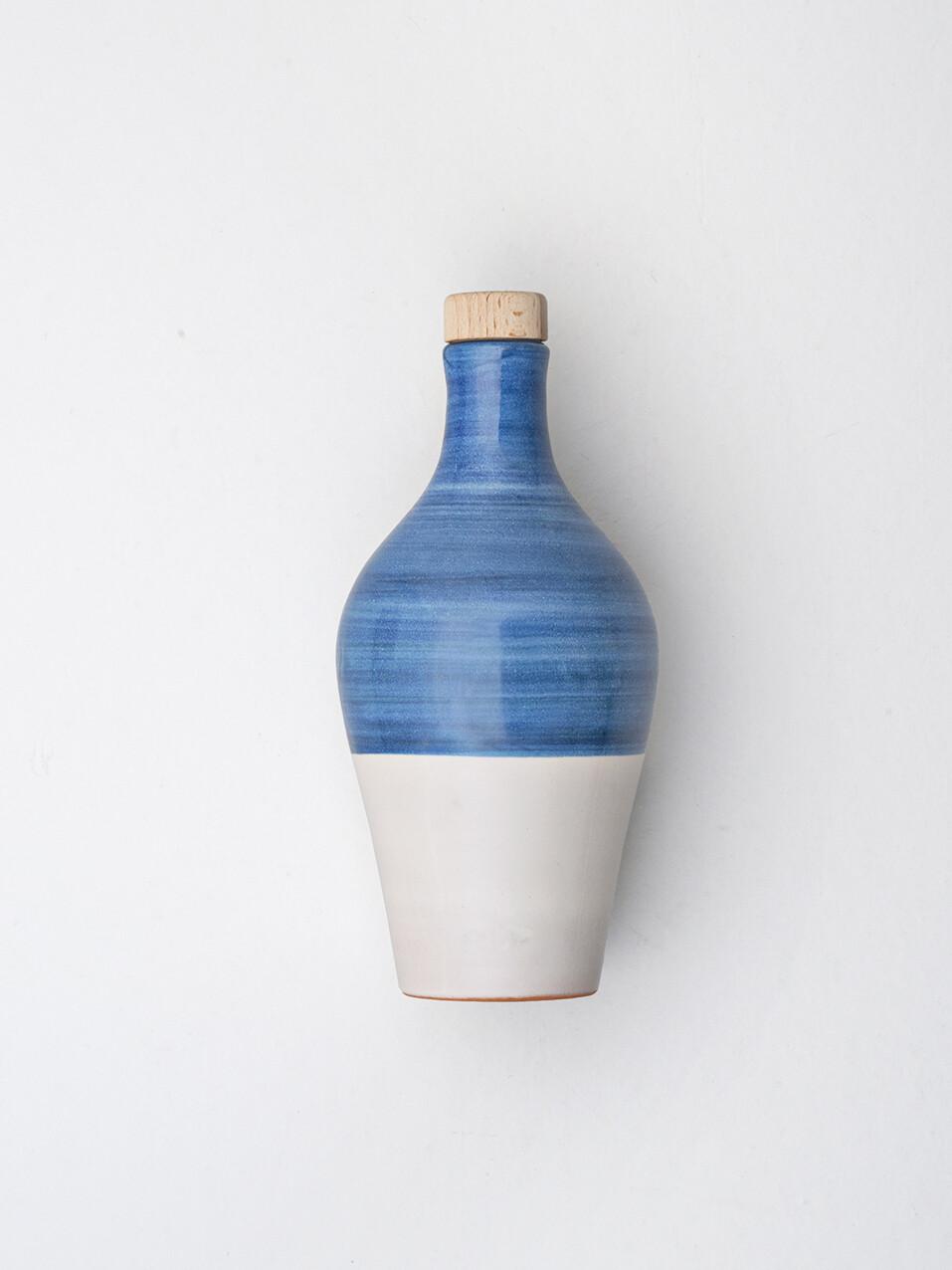La Fiaschetta Extra Natives Olivenöl,  470ml Keramikkrug in Blau